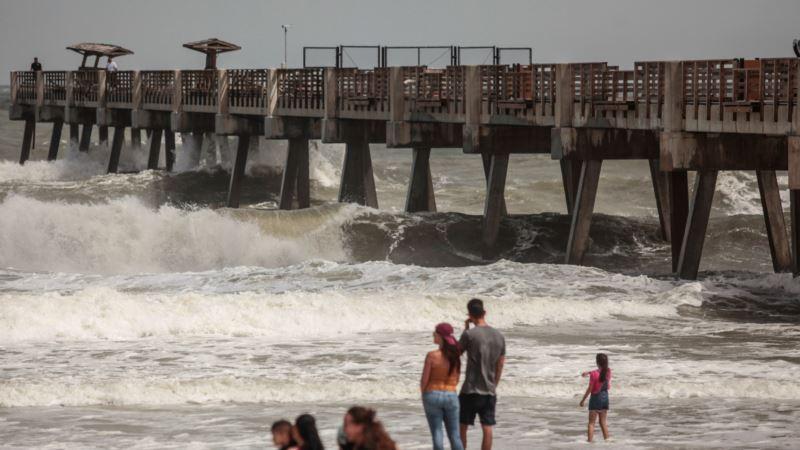 США: в Луизиане объявили ЧП из-за надвигающегося шторма