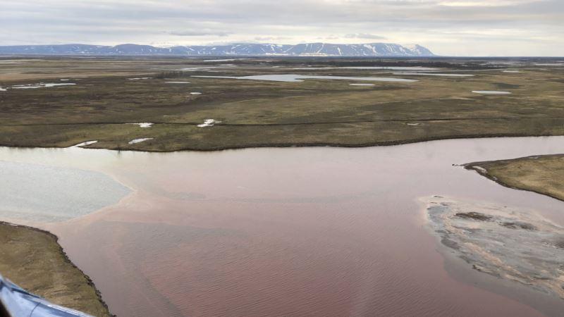 В российском Норильске концентрация топлива в водоемах превышена в 52 тысячи раз