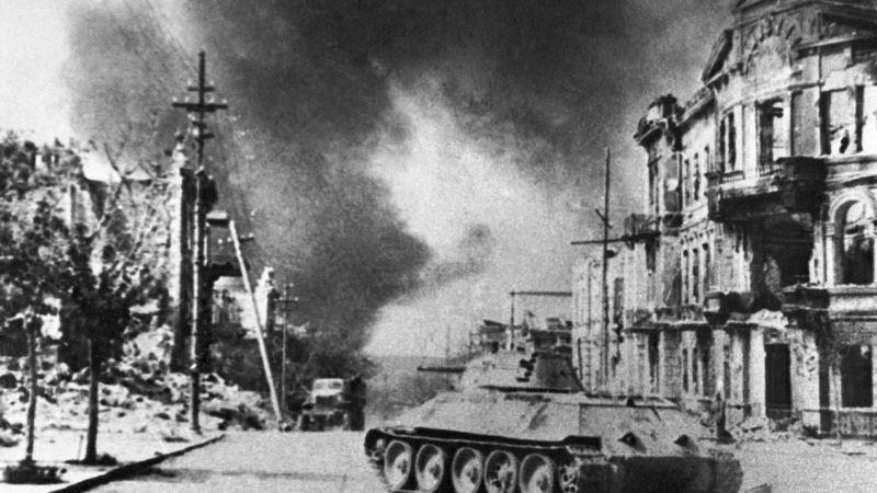 В Севастополе почтили память жертв катастрофы теплохода «Грузия» в 1942 году