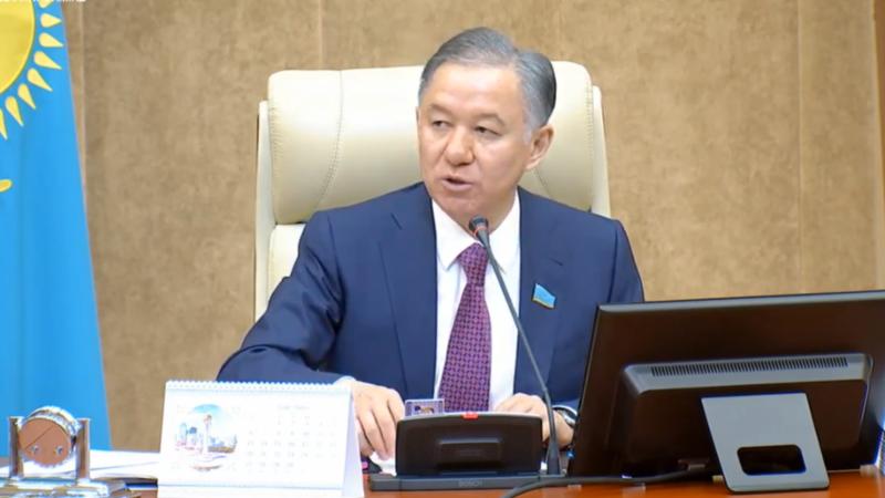 Казахстан: Председатель нижней палаты парламента заразился коронавирусом