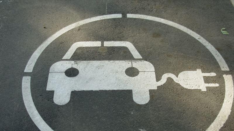 Власти Крыма решили развивать пользование электромобилями