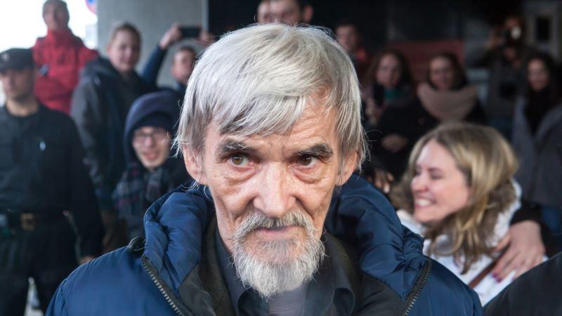 Сенцов о приговоре историку Дмитриеву: «Так поступает путинская карательная система со всеми, кто ей неугоден»