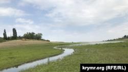 Биюк-Карасу в месте впадения в Белогорское водохранилище
