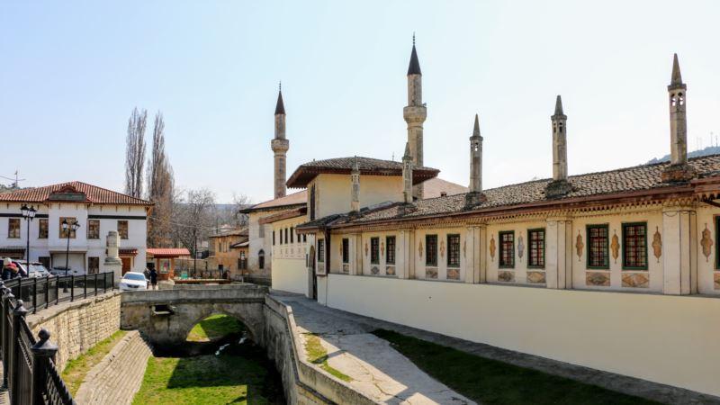 Украина присоединились к протоколу Гаагской конвеции, который поможет защитить культурное наследие Крыма