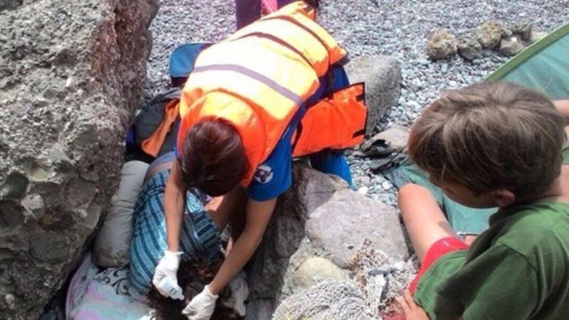 Судак: на мысе Меганом туристка повредила позвоночник и голову (+фото)