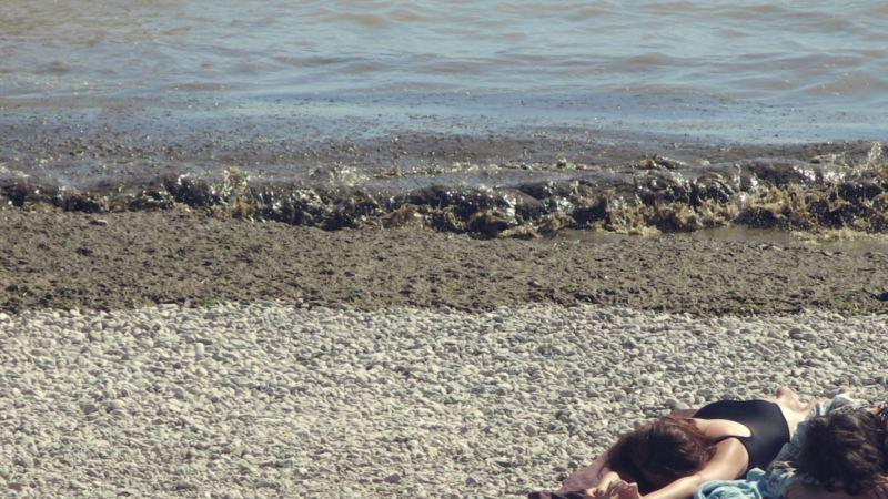Власти Феодосии утверждают, что нашли нарушения на местных пляжах