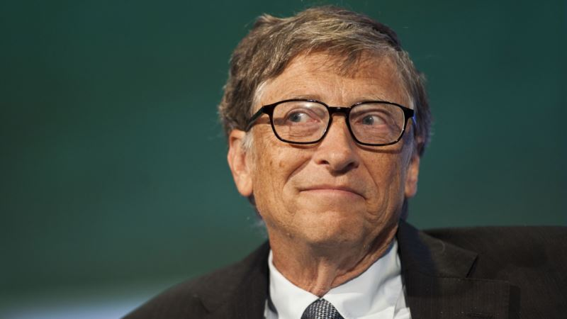 Билл Гейтс рассказал, кто первым получит вакцину от COVID-19