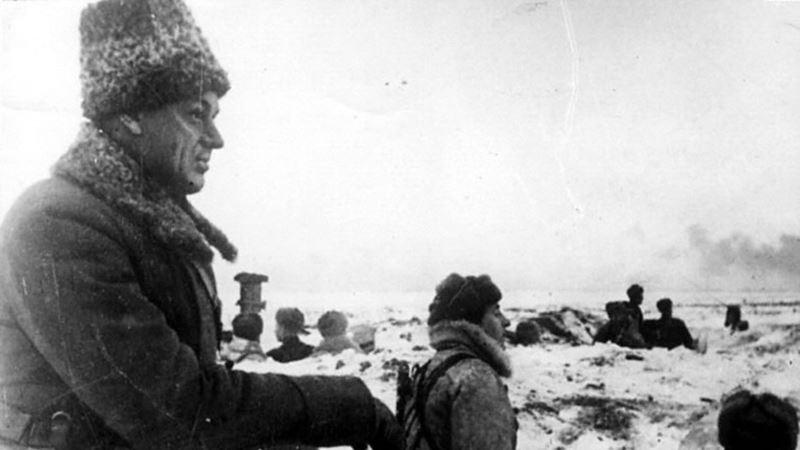 В Польше украли и обезглавили памятник советскому маршалу Рокоссовскому