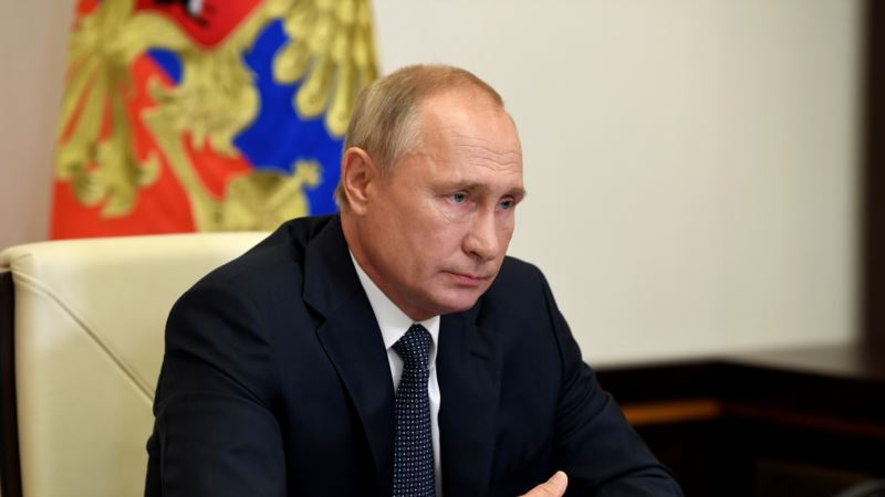 Путин признал, что санкции против России из-за аннексии Крыма «создают проблемы»