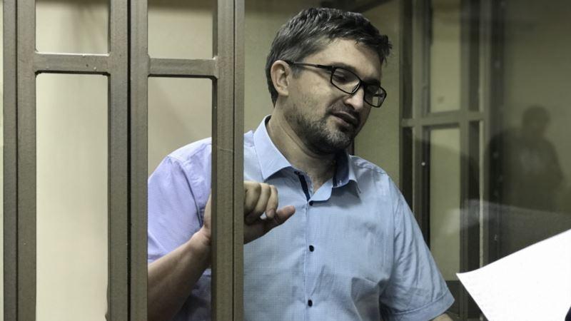 Суд в России отказался досрочно освободить из колонии крымского блогера Мемедеминова