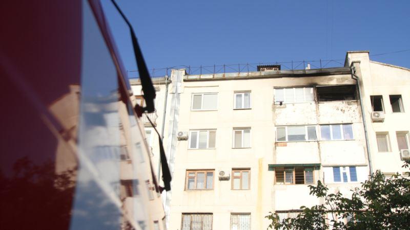 Пожар в Севастополе: из многоэтажки эвакуировали 20 человек