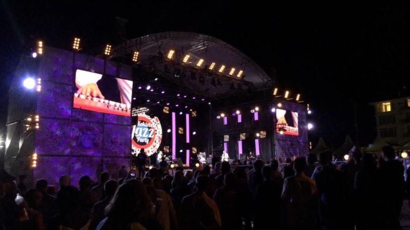 Аксенов разрешил провести в Крыму три фестиваля, несмотря на пандемию коронавируса