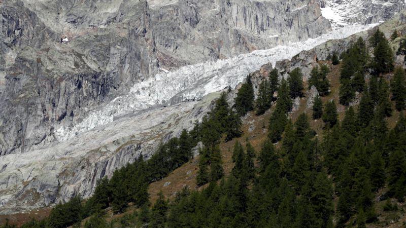 Россия: один из крупнейших ледников Урала полностью растаял