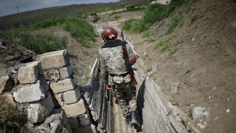Обе стороны конфликта в Нагорном Карабахе заявляют о гибели мирных жителей
