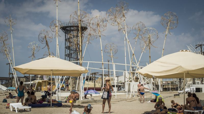 Бальбек заявил о закрытии фестиваля в Поповке, организаторы это опровергли
