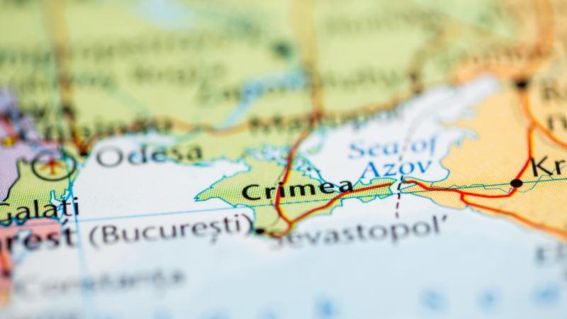 У президента Зеленского рассказали о количестве обращений в чат-бот для крымчан