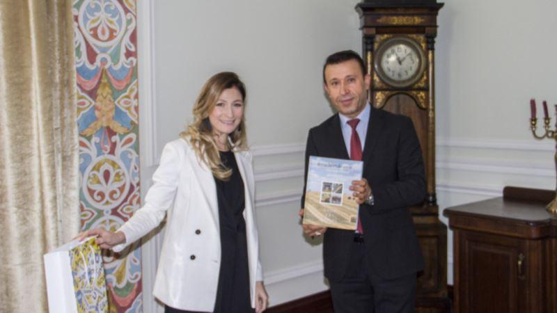 На встрече с послом Ирака Эмине Джеппар рассказала о «многочисленных нарушениях прав человека» в Крыму