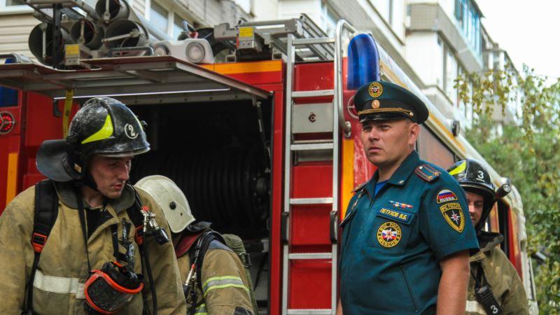Пожары в Крыму: из симферопольской многоэтажки из-за «задымления» эвакуировали 16 человек