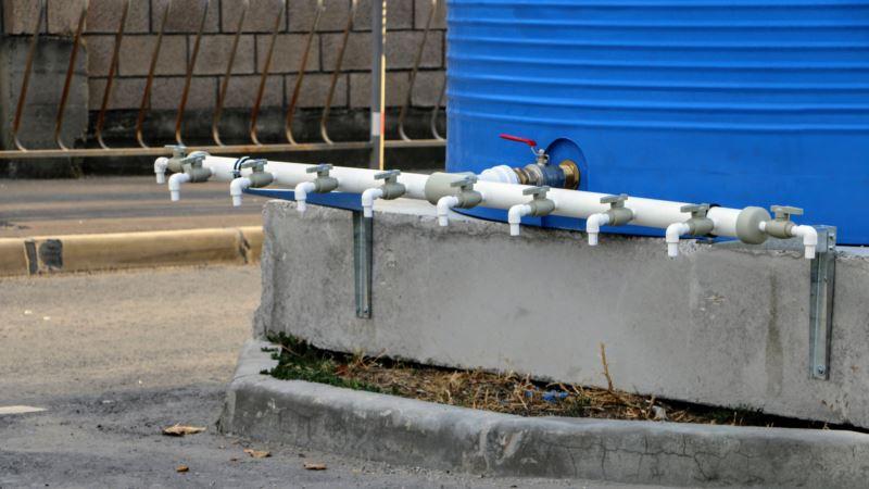 Дефицит воды в Симферополе: власти назвали ситуацию «стабильной»