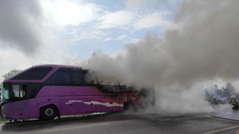 На трассе «Таврида» загорелся рейсовый автобус – спасатели (+фото)
