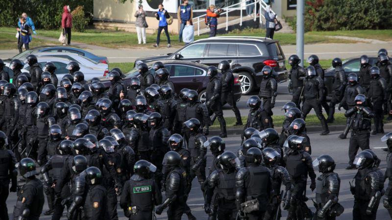 Протесты в Беларуси: правозащитники сообщают о более чем 150 задержанных