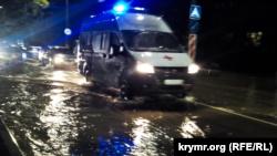 В Севастополе ливень превратил улицы в реки (+фото)