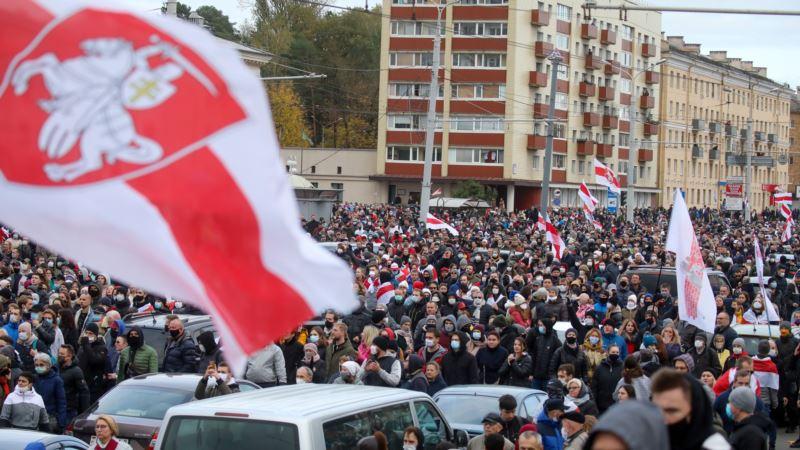 В Минске на протестных акциях задерживают активистов