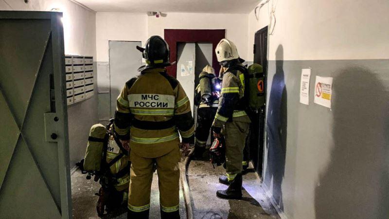 В Севастополе эвакуировали детей из-за пожара в соседних зданиях – спасатели
