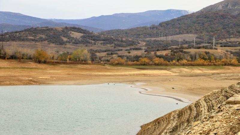 «Засуха превзошла все ожидания». Власти Крыма рассказали, сколько воды осталось в водохранилищах Симферополя