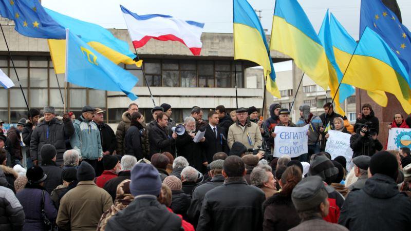 Представительство Зеленского в АРК: «Уверены, что пройдемся с украинскими флагами по Симферополю»