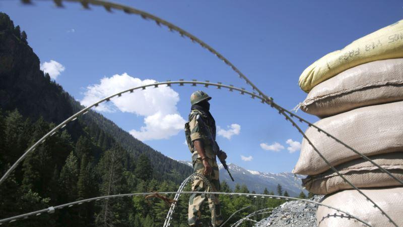 Индия вызывает пакистанского дипломата из-за нападения на границе между двумя странами