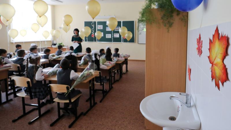 В Гаспре под Ялтой на полгода задерживается ремонт школы
