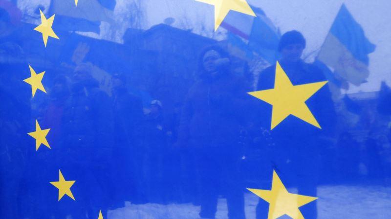 Евросоюз обеспокоен из-за размещения Россией самолетов и ракет для доставки ядерного оружия в Крыму