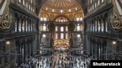 Патриарх Кирилл назвал «божьим наказанием» превращение собора Святой Софии в мечеть
