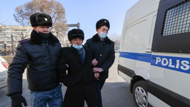 На выборах в Казахстане лидирует правящая партия «Нур Отан»