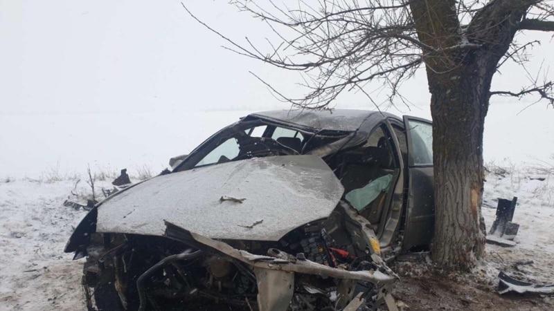ДТП в Крыму: в Джанкойском районе на дороге перевернулся автомобиль – спасатели (+фото)