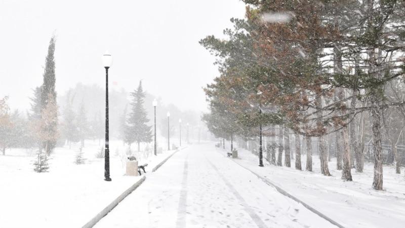 В Севастополе из-за снегопада и мороза ухудшается дорожная ситуация – власти