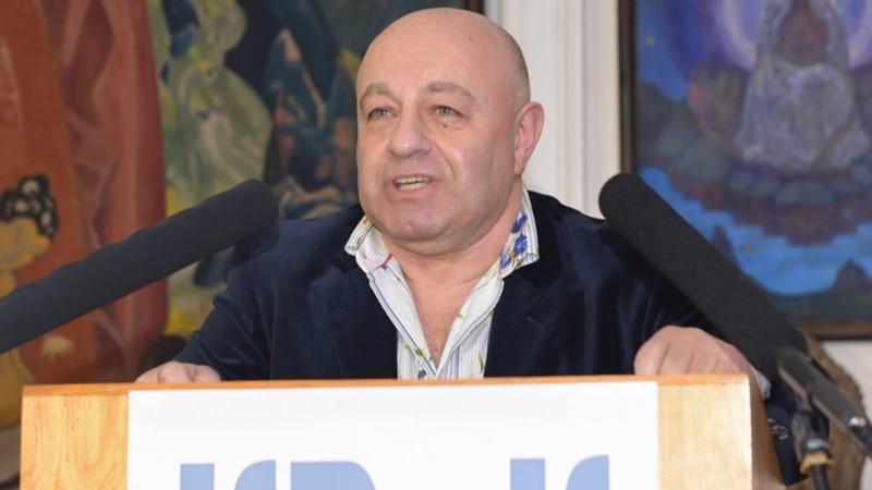 Крымчанин из США издал в Москве новую книгу стихов
