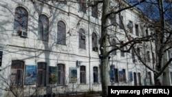 Суд в Севастополе оштрафовал российских военных на 800 тысяч рублей (+фото)