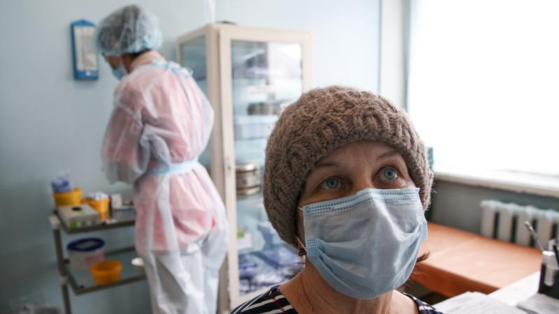 В Севастополе COVID-19 заразились еще 62 человека