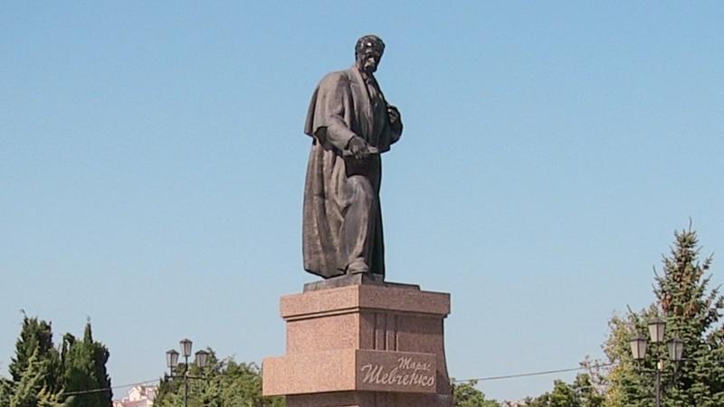Тарас Шевченко официально является «мировым рекордсменом» по количеству установленных памятников – МИД Украины
