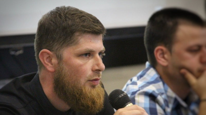 На активиста Сейдалиева составили протокол за одиночный пикет – «Крымская солидарность»