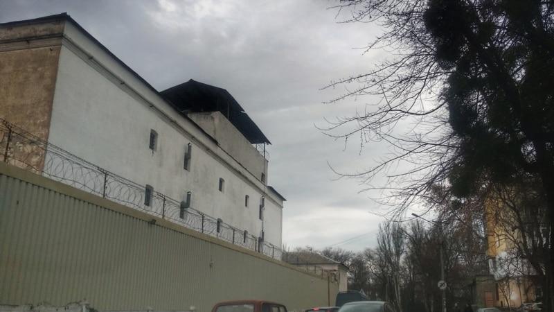 Тюремщики утверждают, что в СИЗО Симферополя арестованным пытались передать дроном телефоны
