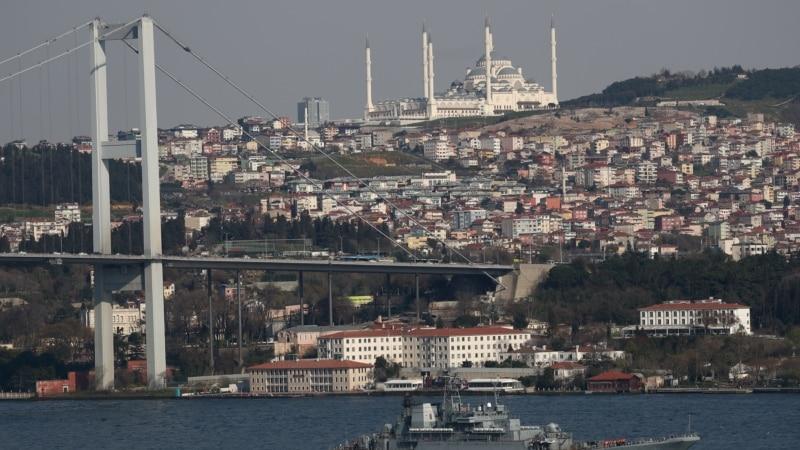 Коронавирус: Россия приостановила авиасообщение с Турцией до 1 июня