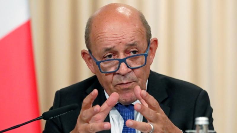 Франция ожидает от России разъяснений о перемещении войск вблизи восточных границ Украины и в Крыму