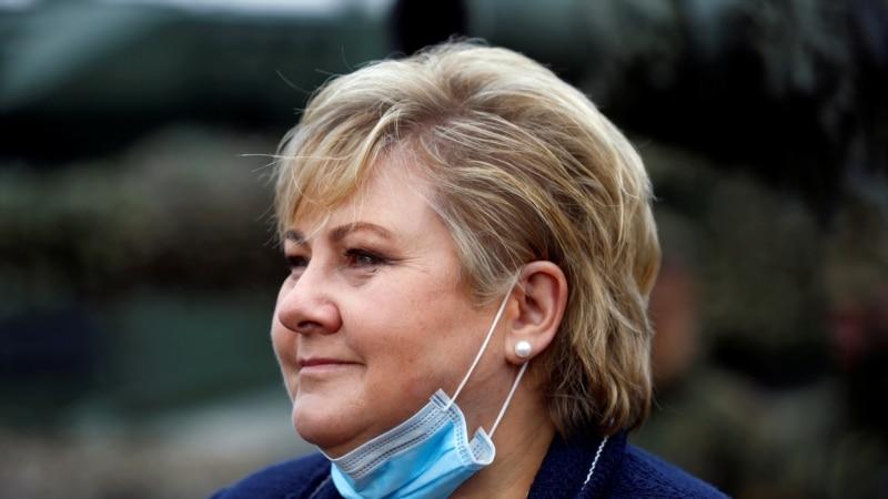 В Норвегии премьер-министра оштрафовали за вечеринку во время карантина