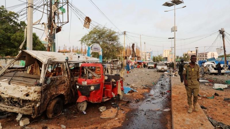 Атака смертника в Сомали: не менее 10 человек погибли