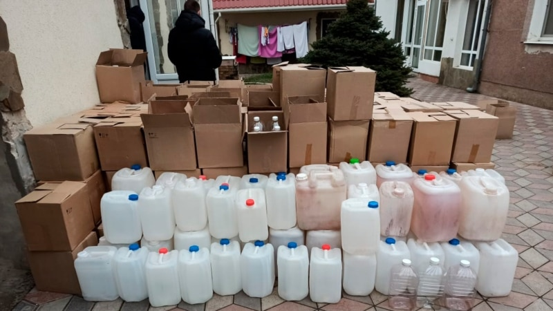 Двоих крымчан будут судить за сбыт суррогатного алкоголя – прокуратура