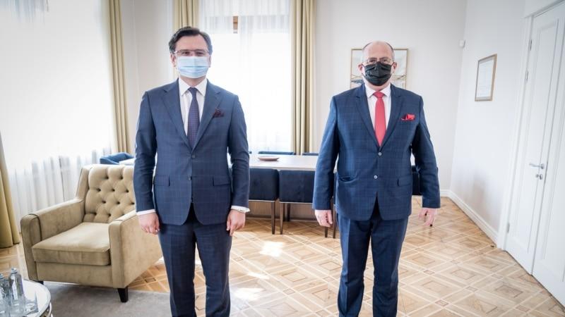 Польша обеспокоена обострением Россией ситуации с безопасностью в Крыму и на Донбассе – глава МИД Рау